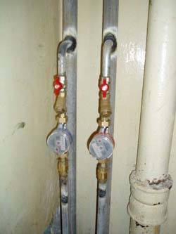 Замена стояков горячей и холодной воды в Махачкале, монтаж стояков водоснабжения
